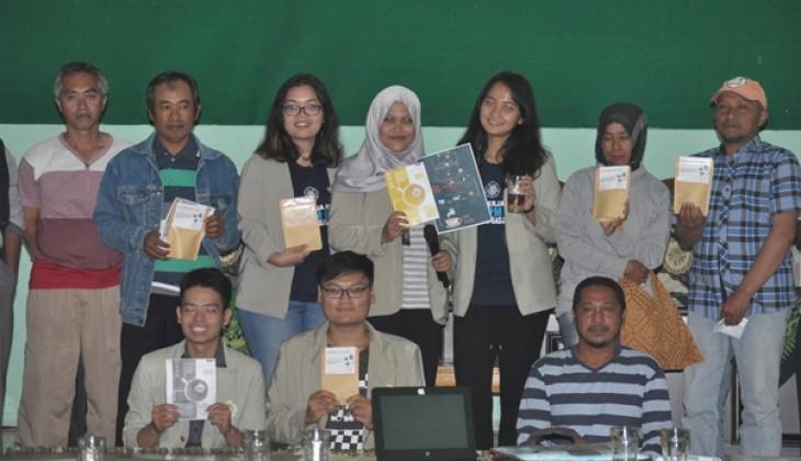 Mahasiswa KKN UGM Beri Pelatihan Pengembangan Teh Bunga Krisan
