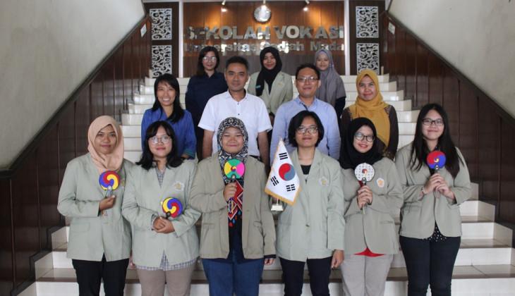 Sekolah Vokasi UGM Kirim Mahasiswa ke Korea Selatan
