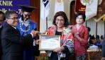Basuki Hadimuljono dan Susi Pudjiastuti Terima Herman Johannes Award