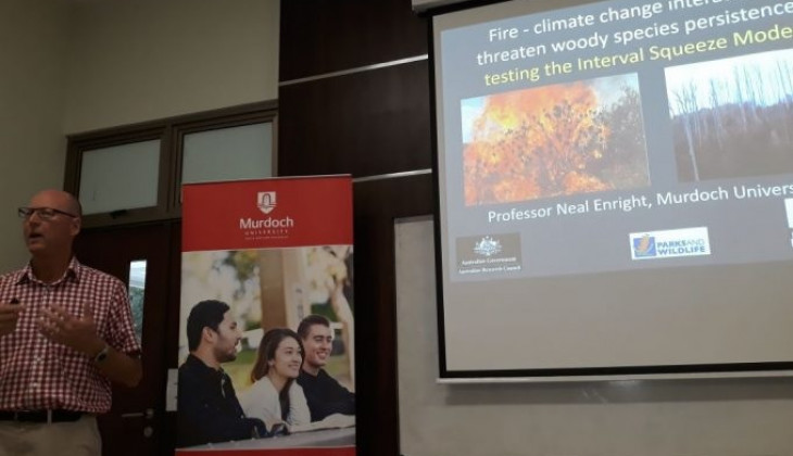 Pakar Ekologi Tumbuhan Mudroch University Berikan Kuliah Tamu di Fakultas Biologi UGM