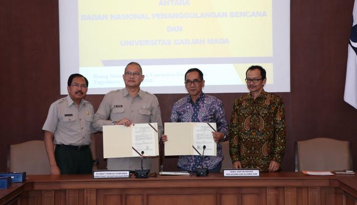 UGM dan BNPB Jalin Kerjasama Pemasangan Instrumentasi Peringatan Dini Bencana Longsor