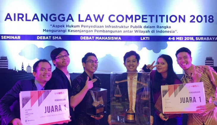 Mahasiswa UGM Juara Airlangga Law Competition 2018