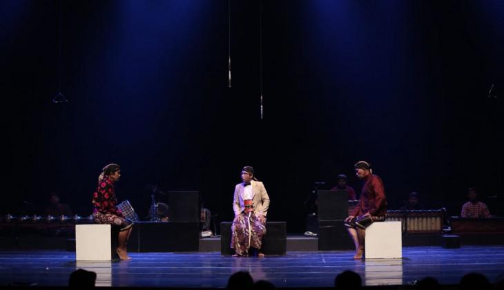Kethoprak Conthong Djogjakarta Pentaskan Lakon Sardjito