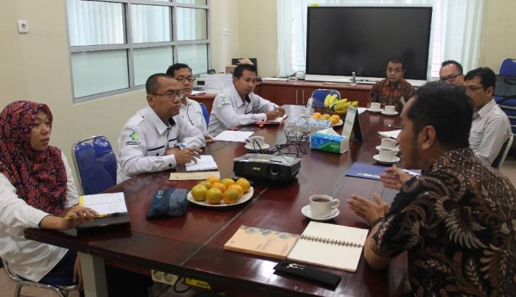 Fakultas Farmasi UGM Jajaki Kerja Sama Pengembangan Jamu Dengan BBPPTOOT