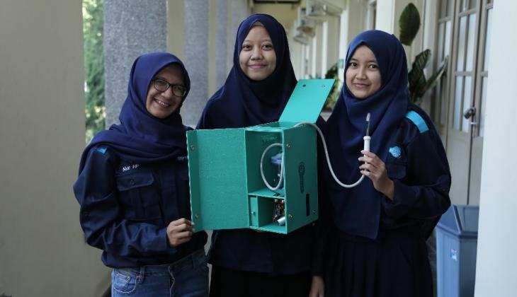 Mahasiswa UGM Buat Alat Perawatan Gigi Portabel