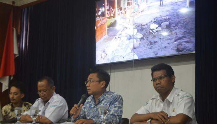 Terjangan Gelombang Tinggi  di Pesisir Selatan DIY Akibatkan Kerugian Hingga 2 Miliar