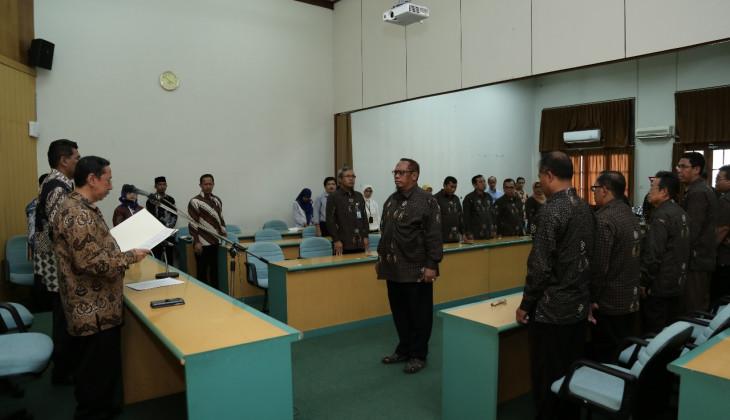 Wakil Rektor SDMA Melantik 29 Pengurus Korpagama
