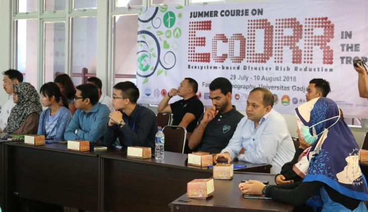 Fakultas Geografi Selenggarakan Summer Course on Ecosystem-based Disaster Risk Reduction