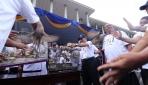 Rektor UGM Lepas Balon Berhadiah Tandai Dies ke-69