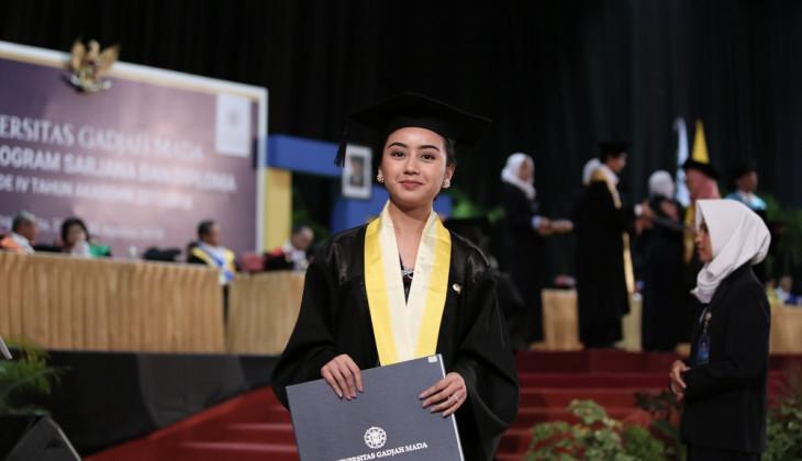 UGM Mewisuda 1.850 lulusan Sarjana dan Diploma