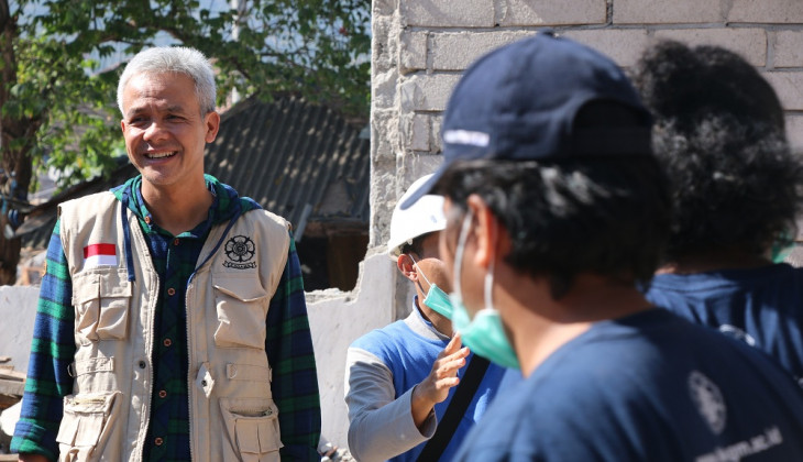 Ganjar Pranowo Tinjau Huntrap UGM Korban Gempa Lombok