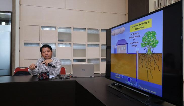 Pakar UGM Ajak Masyarakat Memanen Air Hujan