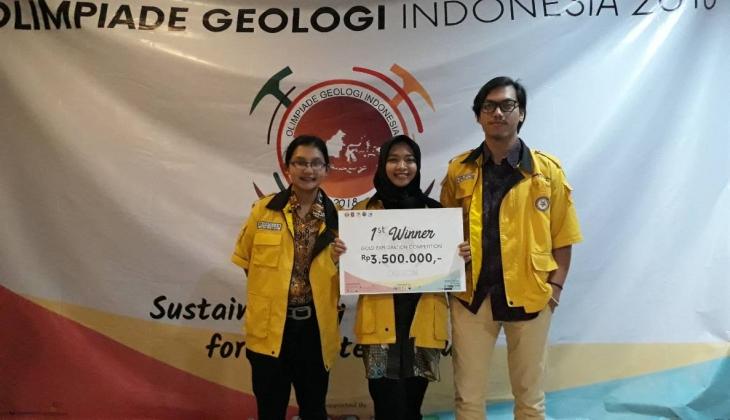 Mahasiswa UGM Juara 1 Kompetisi Eksplorasi Tambang Emas
