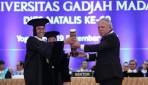 Public Works Minister Basuki Receives HB IX Award