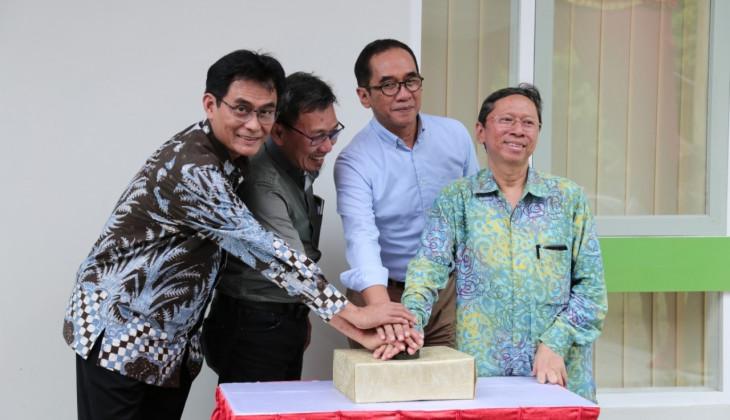 UGM Resmikan Kantor Project Implementation Unit