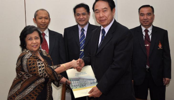 UGM-RMUTT Thailand Jalin Kerja Sama