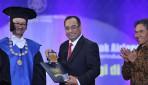 Tiga Menteri Raih Herman Johannes Award