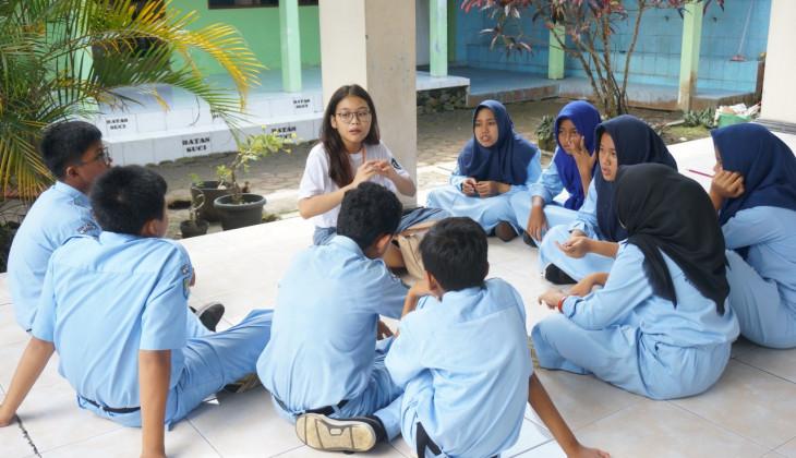 Mahasiswa UGM Sosialisasikan Bahaya Rokok dan Narkoba pada Siswa SMP