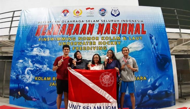 Mahasiswa UGM Sabet 5 Medali Kejuaraan Selam Nasional