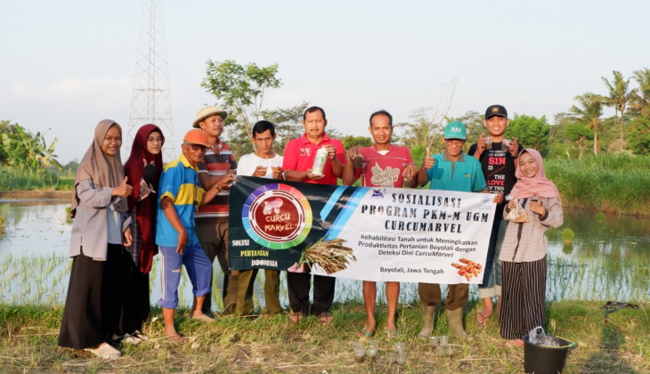 Mahasiswa UGM Manfaatkan Kunyit Untuk Deteksi Keasaman Tanah Pertanian