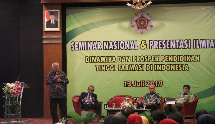 Farmasi UGM Bedah Prospek Pendidikan Tinggi Farmasi di Indonesia