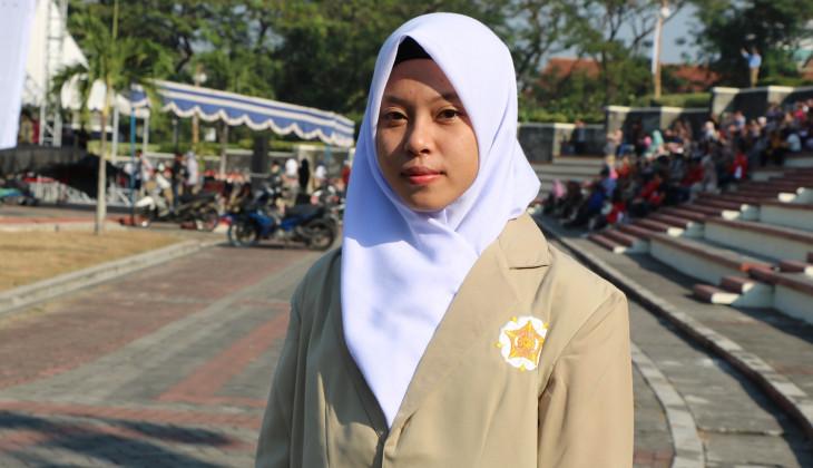 Putri Wulandari, Mahasiswa Baru Asal Serasan Kuliah di Fakultas Farmasi