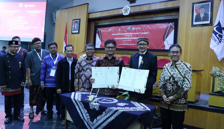 Forum Dekan Teknik Indonesia Periode 2019/2021 Dilantik