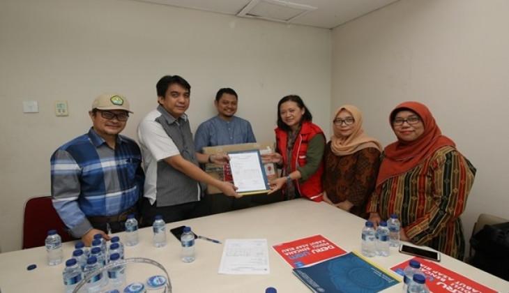 DERU UGM Sumbang Korban Asap Riau