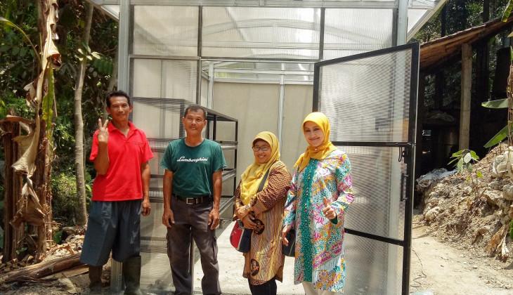 Tim Peneliti UGM Tingkatkan Produksi Pengrajin Minyak Nilam Kulonprogo