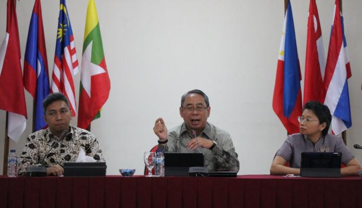 Diskusi Publik ASEAN Studies Center UGM Peringati 10 Tahun AICHR