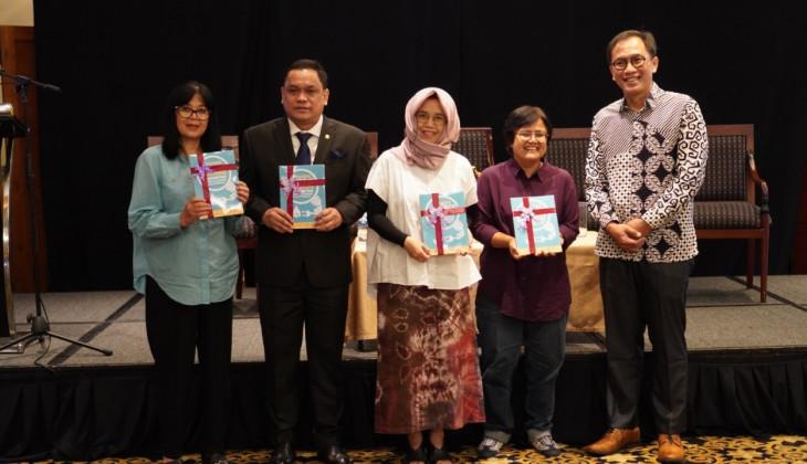 UGM Luncurkan Buku Transisi Energi Berbasis Komunitas