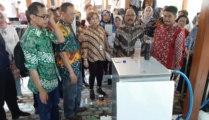 UGM Researcher Develops Batik Waste Processor Tool