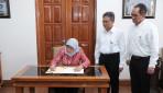Kunjungi UGM, Presiden Singapura Berdialog dengan Para Mahasiswa