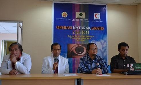 RSA UGM Gelar Operasi Katarak Gratis
