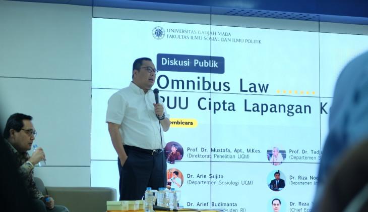FISIPOL UGM Menggelar Diskusi Publik Kupas Omnibus Law