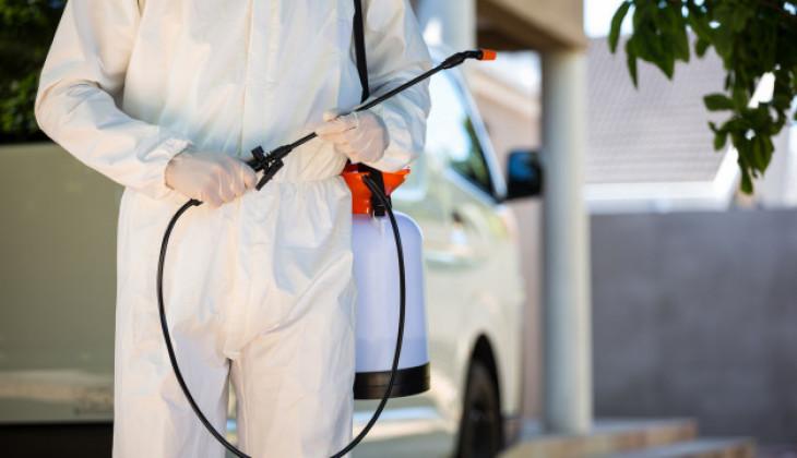 Pakar UGM: Tidak Perlu Lockdown Kampung dan Penyemprotan Disinfektan di Jalan