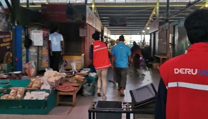 DERU UGm Salurkan Paket Kesehatan Untuk Pasar Tradisonal