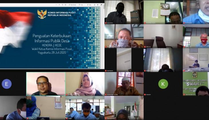 PPID UGM Selenggarakan Webinar Layanan Informasi Publik Desa
