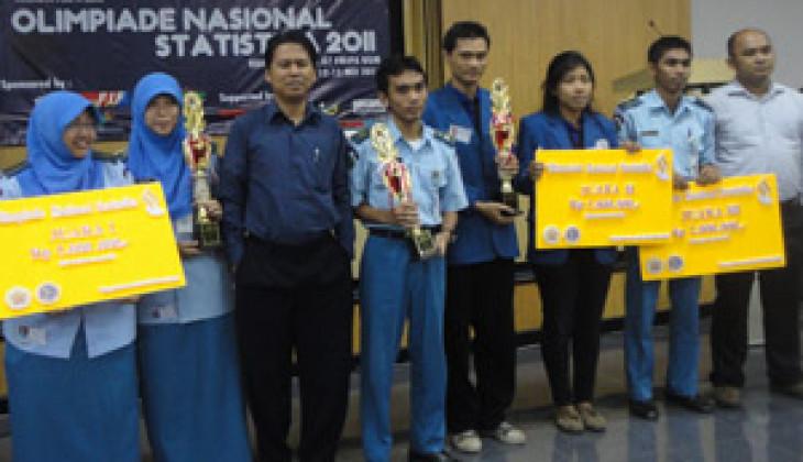 STIS Raih Juara I Olimpiade Nasional Statistika