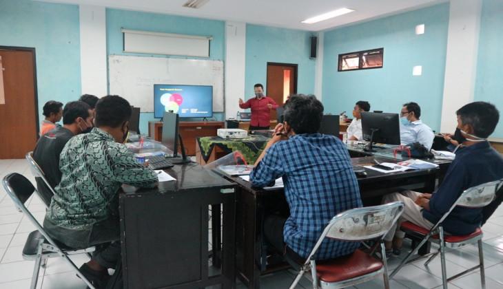 Sinergi Disperindag Yogyakarta, UPT Logam, dan UGM Dorong Inovasi Produk IKM