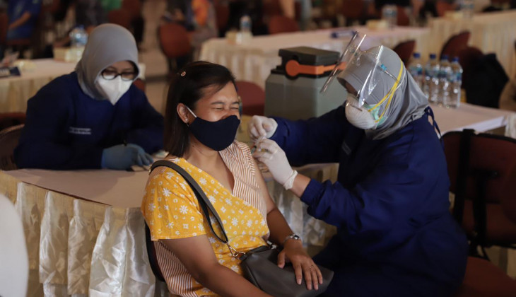2.700 Pegawai Non Lansia UGM Ikut Divaksin