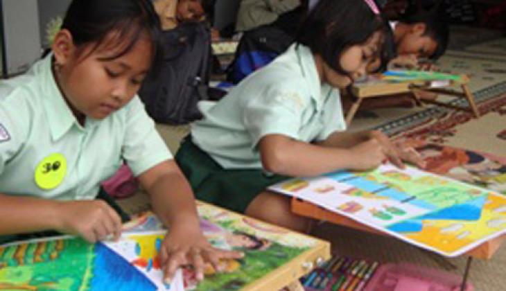 Puluhan Anak Korban Erupsi Merapi Ikuti Trauma Healing KKN-PPM UGM