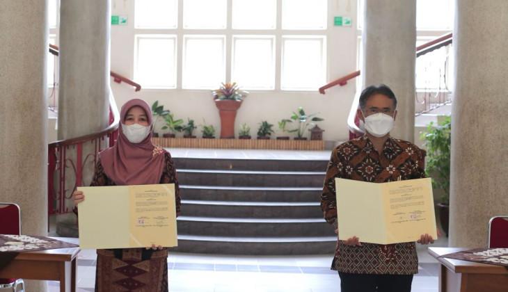 UGM dan UIN Raden Fatah Palembang Jalin Kerja Sama Tridarma Perguruan Tinggi