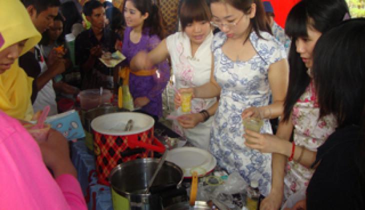 Festival Internasional Budaya dan Kuliner Meriahkan Dies Natalis FIB