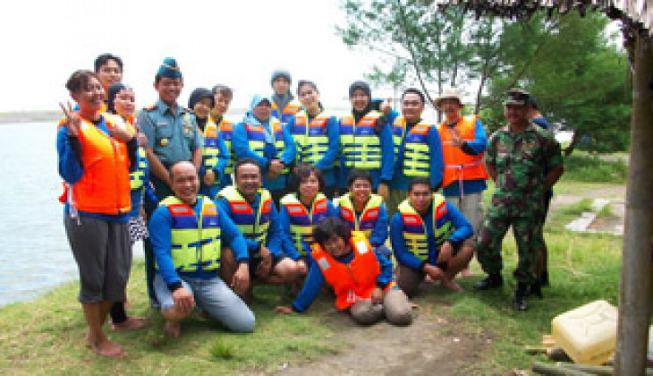 PSKK UGM UGM Gelar Pelatihan Sea Survival
