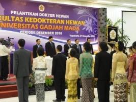 FKH Lantik 120 Dokter Hewan Baru