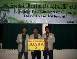 Tim Geografi Juara II Lomba Karya Tulis Ilmiah Se-Jawa