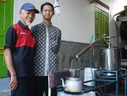 Mahasiswa UGM Kembangkan Kompor Bioetanol dari Limbah Salak Pondoh
