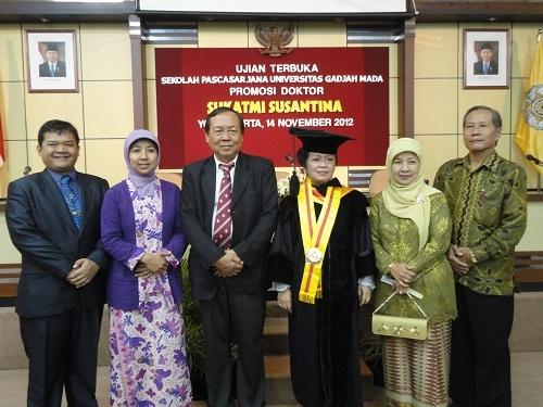 Universitas Gadjah Mada Kesenian Jawa Mewarnai Inkulturasi Gereja Katolik Gambar