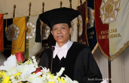 Prof Sangidu: Sastra Islam Terbuka Untuk Karya Sastra Kontemporer